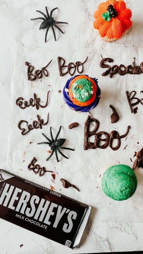 DIY Eeek Cupcakes